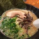 150x150 square 26759240 thumbnail2 - 博多らーめんとんこつ家高菜(茨城県水戸市)【ラーメン】濃厚でタイプな豚骨でした