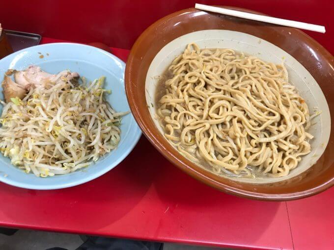 img 2747 - 立川マシマシ足利店(栃木県足利市)【デカ盛り】世話になっている立マシさんにすり鉢を贈呈して来ました