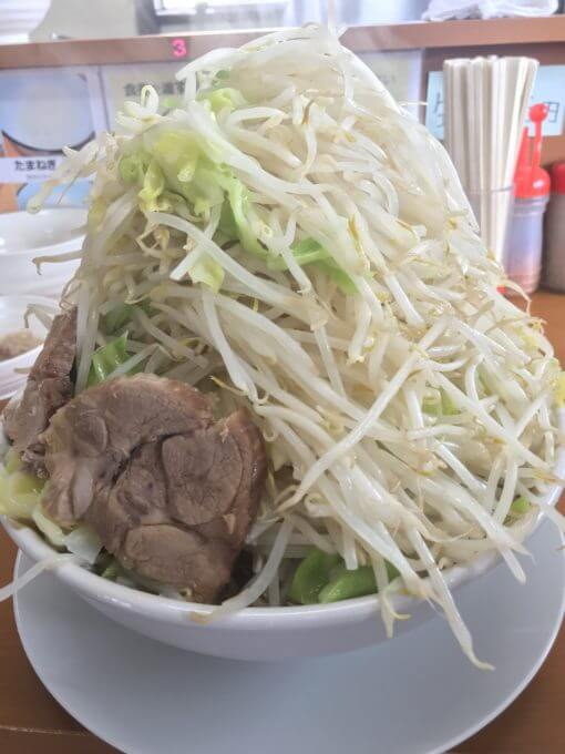img 7115 - ラーメンジライヤ(熊谷市)【デカ盛り】選べる麺とブタとアブラが斬新な新鋭大繁盛二郎系ラーメン店が絶品【大食い】