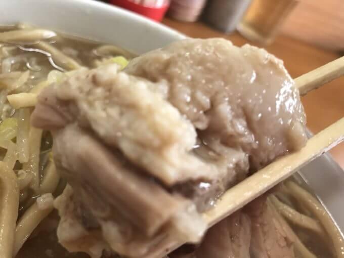 img 7135 - ラーメンジライヤ(熊谷市)【デカ盛り】選べる麺とブタとアブラが斬新な新鋭大繁盛二郎系ラーメン店が絶品【大食い】