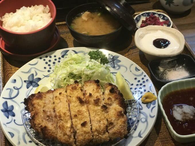 img 0379 - かつ勇(埼玉県上尾市)【大食い】分厚くエロピンクなリブロースと焼きとんかつ2個食い