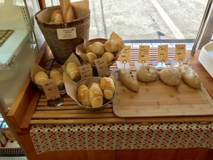 4CD90925 5A0C 4B59 9113 922E923E991C - ラパン(静岡県浜松市)【デカ盛り】パン一斤にはめ込まれたマトリョーシカサンドが可愛すぎる【インスタ映え】