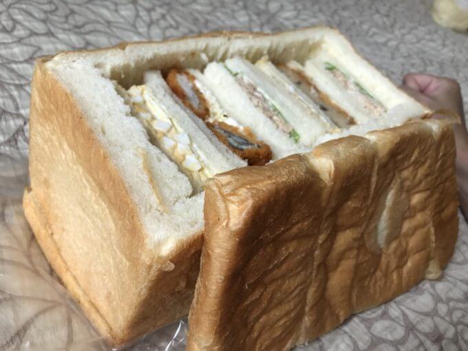 B9AD8E67 62E5 4F78 B5A2 0E9AB8ABF828 - ラパン(静岡県浜松市)【デカ盛り】パン一斤にはめ込まれたマトリョーシカサンドが可愛すぎる【インスタ映え】