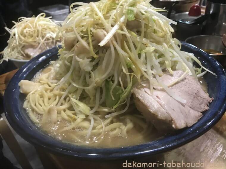 ラーメン二郎野猿街道店2新濃厚スープの愛情盛り巨大デカ盛りラーメン大食い会